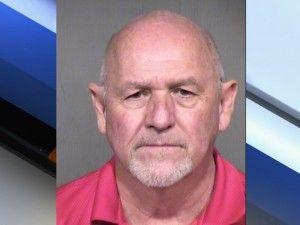 Arizona perro muere en coche caliente mientras que el dueño bebidas en el bar de deportes