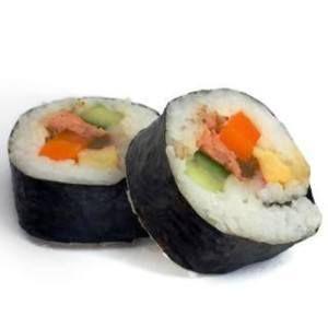 ¿Puedo darle a mi perro Sushi?